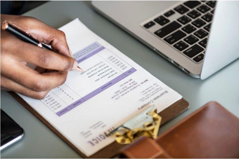 المتطلبات القانونية اللازم تحققها في الفاتورة الضريبية