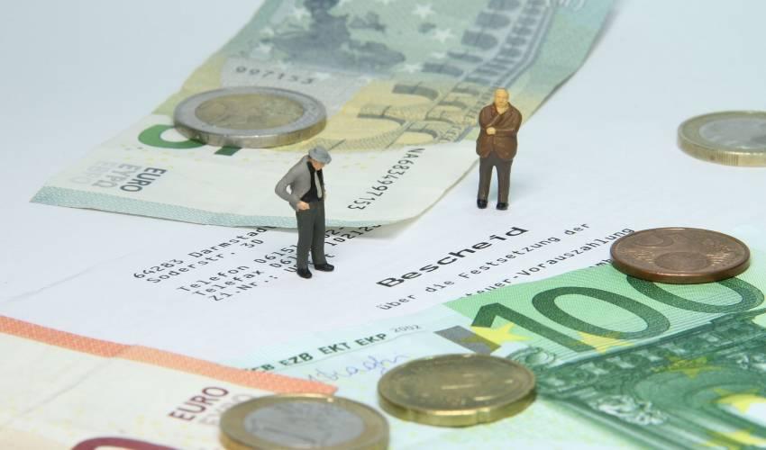 إلغاء تسجيل ضريبة القيمة المضافة