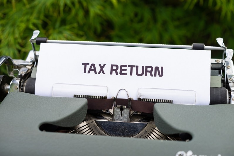 استرداد ضريبة القيمة المضافة الامارات